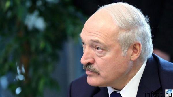 Политические эксперты рассказали, почему Россия хочет объединиться с Беларусью